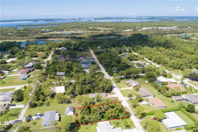 4575 Catalina Ln, Bonita Springs, FL 34134 (MLS #218056292) :: The Naples Beach And Homes Team/MVP Realty