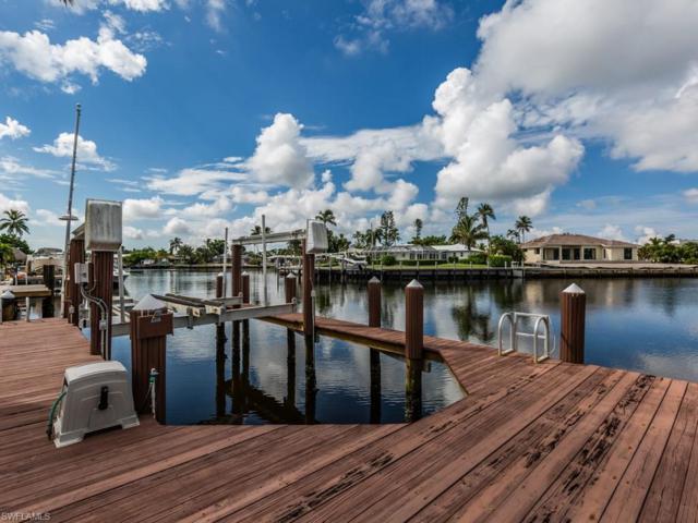 820 Willow Ct, Marco Island, FL 34145 (MLS #218059863) :: RE/MAX DREAM