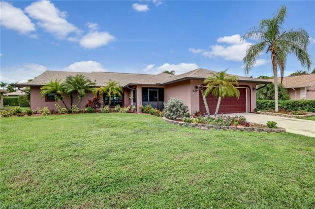927 Saint Andrews Blvd, Naples, FL 34113 (MLS #218060334) :: The Naples Beach And Homes Team/MVP Realty