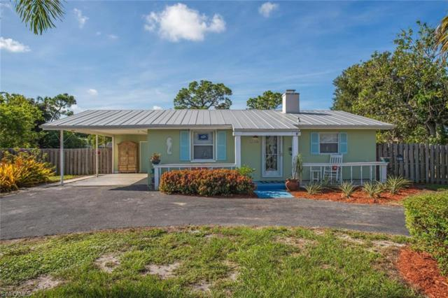 2736 Riverview Dr, Naples, FL 34112 (MLS #218061418) :: The Naples Beach And Homes Team/MVP Realty