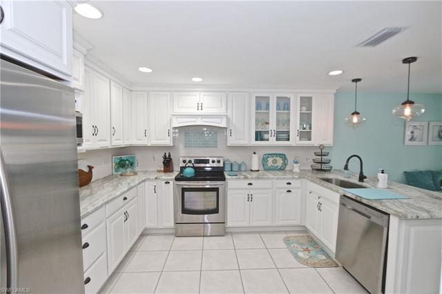 28421 Highgate Dr, Bonita Springs, FL 34135 (MLS #218061626) :: Clausen Properties, Inc.