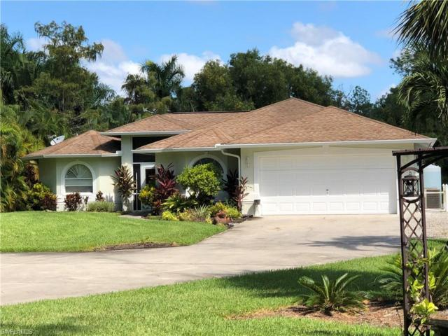 4981 Hickory Wood Dr, Naples, FL 34119 (MLS #218062668) :: Clausen Properties, Inc.