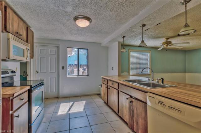 961 9th St SW, Naples, FL 34117 (#218067574) :: Equity Realty