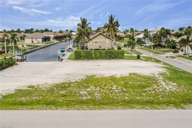 970 Goldenrod Ave, Marco Island, FL 34145 (MLS #218068624) :: RE/MAX Realty Group