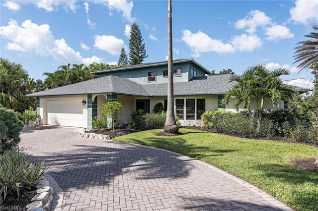 585 108th Ave N, Naples, FL 34108 (MLS #218068655) :: The New Home Spot, Inc.