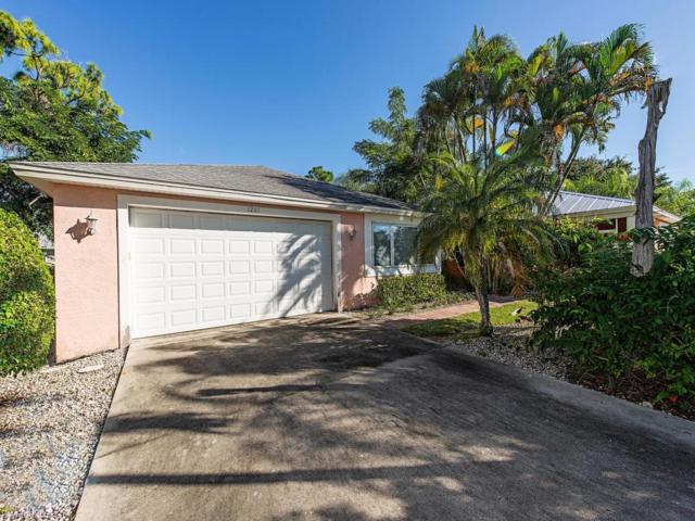 1281 Trail Terrace Dr, Naples, FL 34103 (MLS #218070498) :: The New Home Spot, Inc.