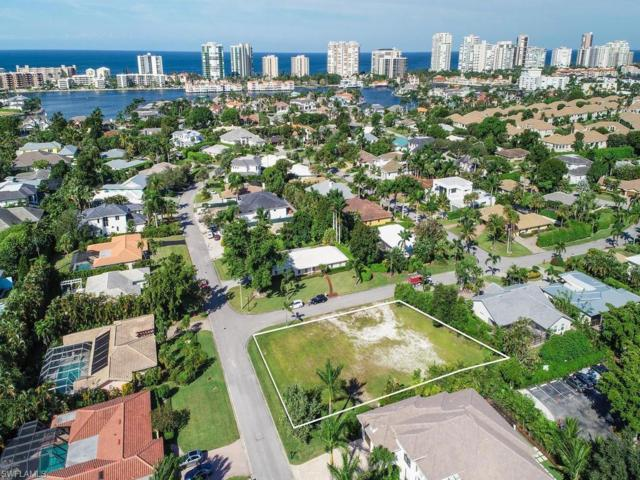 3700 Parkview Way, Naples, FL 34103 (#218073473) :: Equity Realty