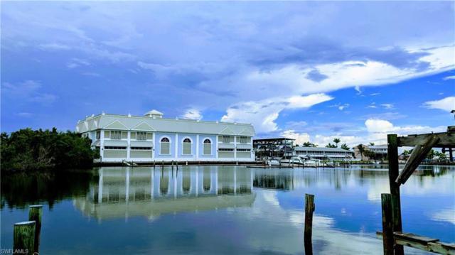 109 Pago Pago Dr, Naples, FL 34113 (MLS #218074280) :: Clausen Properties, Inc.