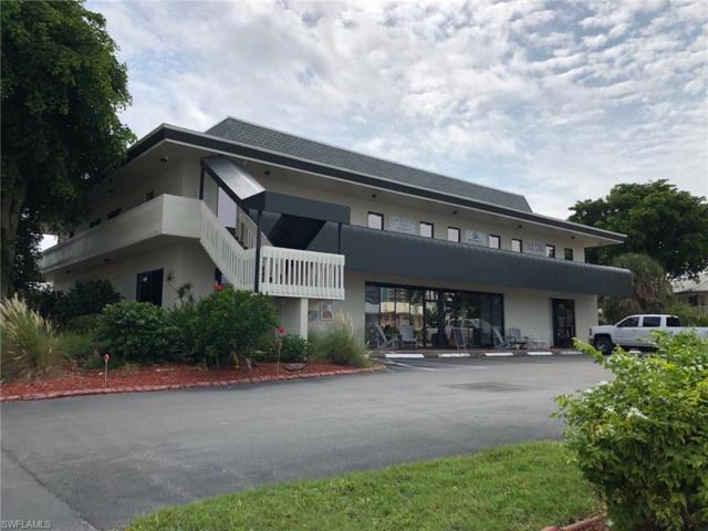 207 Collier Blvd N, Marco Island, FL 34145 (MLS #218074628) :: Clausen Properties, Inc.