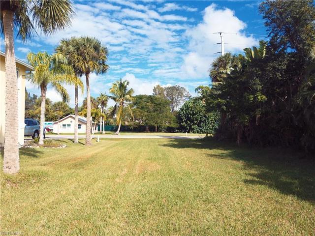 2030 Danford St, Naples, FL 34112 (MLS #218076259) :: Clausen Properties, Inc.