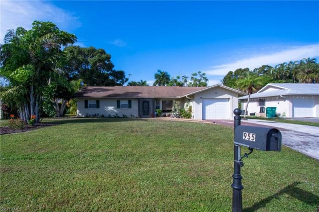 955 Bluebird St, Naples, FL 34104 (#218080951) :: The Key Team