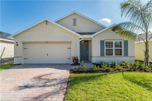 662 Hadley St E, Naples, FL 34104 (MLS #218085250) :: RE/MAX Realty Group