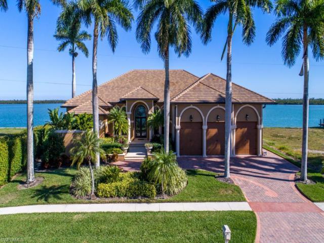 251 Polynesia Ct, Marco Island, FL 34145 (MLS #219004367) :: The Naples Beach And Homes Team/MVP Realty
