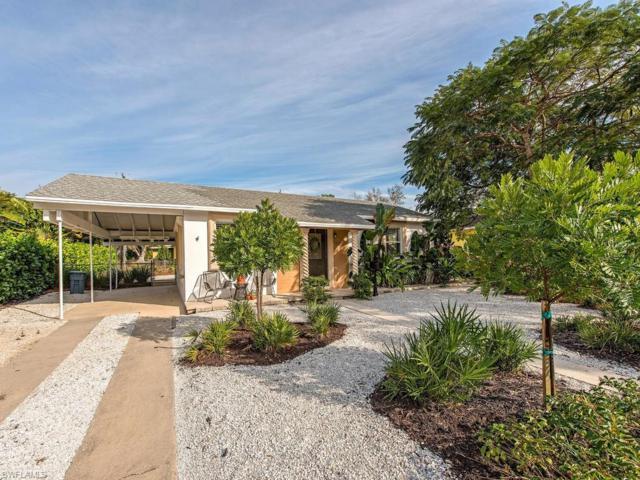 940 10TH St N, Naples, FL 34102 (MLS #219007831) :: Clausen Properties, Inc.