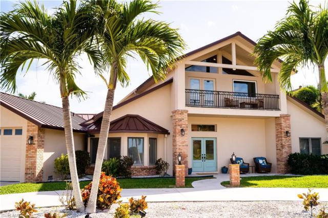 940 Aqua Ln, Fort Myers, FL 33919 (#219010877) :: The Key Team