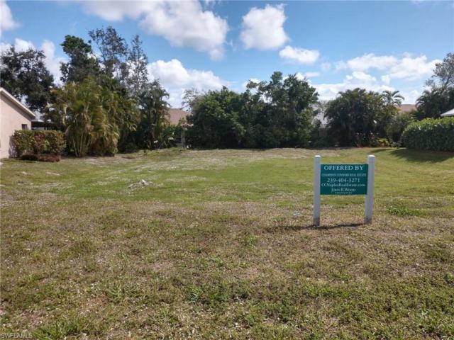 1070 Moon Lake Dr, Naples, FL 34104 (MLS #219015628) :: RE/MAX Realty Group