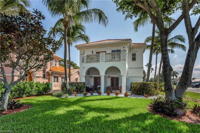 11002 Vanderbilt Dr, Naples, FL 34108 (MLS #219019537) :: John R Wood Properties