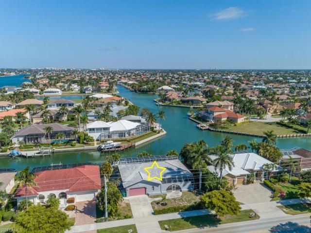 1180 Winterberry Dr, Marco Island, FL 34145 (MLS #219023103) :: The Naples Beach And Homes Team/MVP Realty