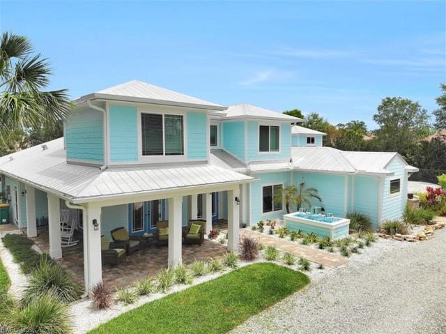 876 Lakeland Ave, Naples, FL 34110 (MLS #219033280) :: Clausen Properties, Inc.
