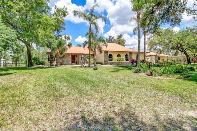 1380 25th St SW, Naples, FL 34117 (MLS #219035347) :: Clausen Properties, Inc.