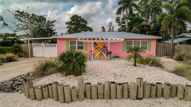 2823 Gulfview Dr, Naples, FL 34112 (MLS #219036154) :: Clausen Properties, Inc.
