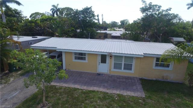 1280 Embassy Ln, Naples, FL 34104 (MLS #219038677) :: #1 Real Estate Services