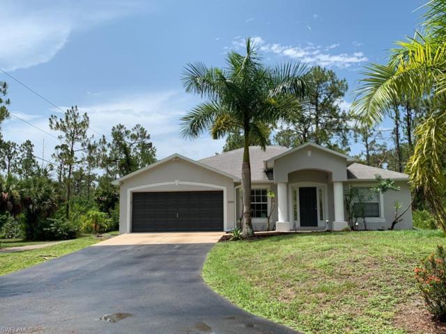 2920 14th Ave NE, Naples, FL 34120 (MLS #219041926) :: RE/MAX Radiance
