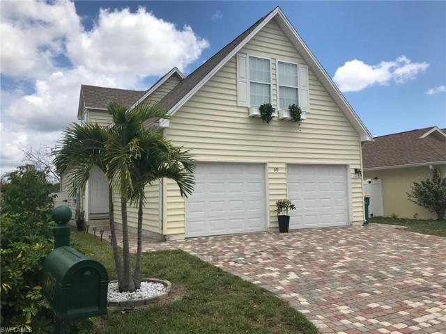 393 Leawood Cir, Naples, FL 34104 (#219043209) :: Royal Shell Real Estate, Inc.