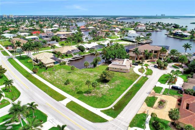 517 N Barfield Dr, Marco Island, FL 34145 (MLS #219043714) :: The Naples Beach And Homes Team/MVP Realty