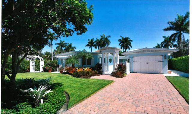 125 18th Ave S, Naples, FL 34102 (MLS #219044836) :: Sand Dollar Group