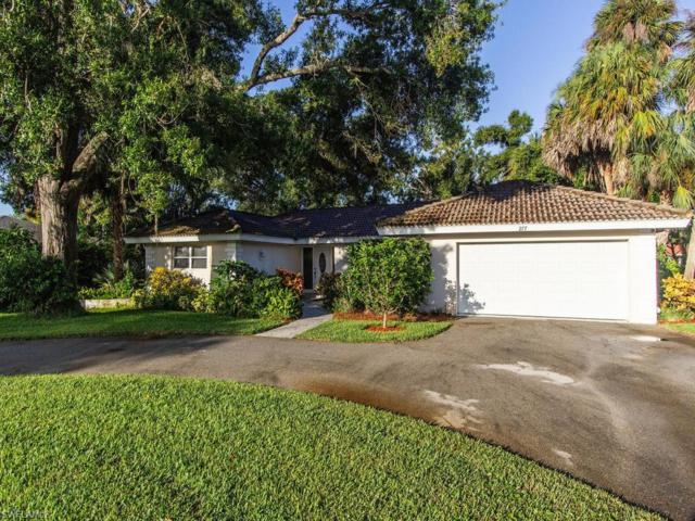 277 Burning Tree Dr, Naples, FL 34105 (MLS #219045862) :: The Naples Beach And Homes Team/MVP Realty