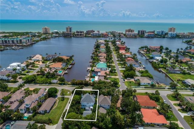 9402 Vanderbilt Dr, Naples, FL 34108 (MLS #219049224) :: Clausen Properties, Inc.
