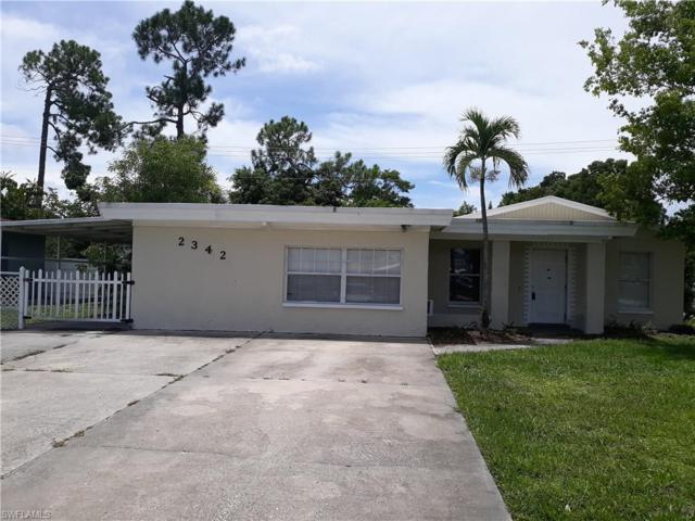 2342 Crystal Dr, Fort Myers, FL 33907 (#219049689) :: The Dellatorè Real Estate Group