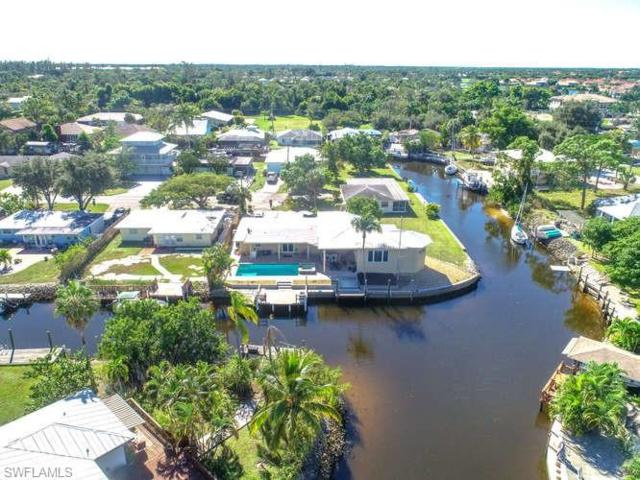 2631 Riverview Dr, Naples, FL 34112 (MLS #219053257) :: Kris Asquith's Diamond Coastal Group