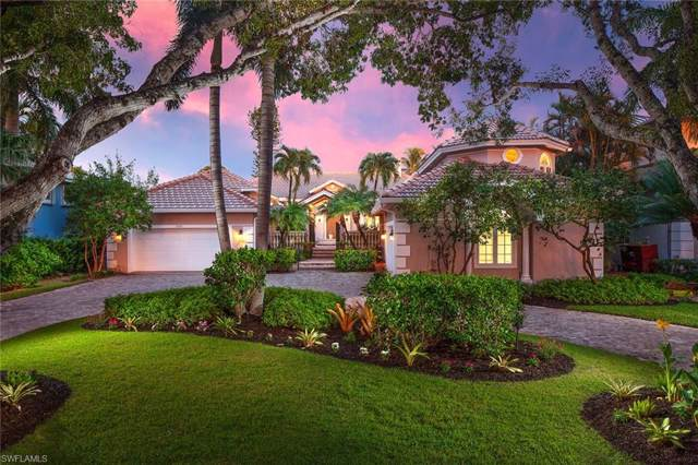1905 8th St S, Naples, FL 34102 (MLS #219056568) :: The Naples Beach And Homes Team/MVP Realty