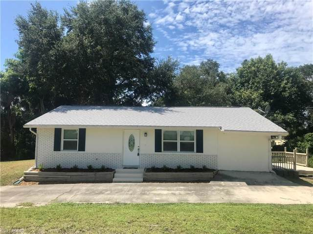 2965 Coco Ave, Naples, FL 34112 (MLS #219059791) :: The Naples Beach And Homes Team/MVP Realty