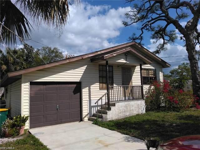 2583 Pine St, Naples, FL 34112 (#219059799) :: Vincent Napoleon Luxury Real Estate