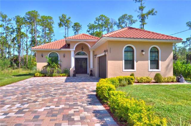 3221 2nd Ave SE, Naples, FL 34117 (MLS #219060341) :: The Naples Beach And Homes Team/MVP Realty