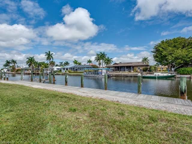 823 Fairlawn Ct, Marco Island, FL 34145 (#219060683) :: Caine Premier Properties