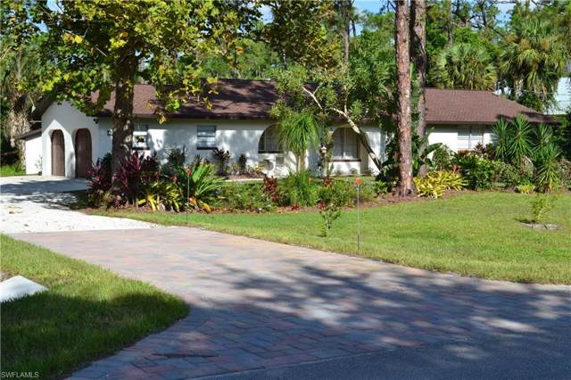 355 29th St SW, Naples, FL 34117 (MLS #219061092) :: The Naples Beach And Homes Team/MVP Realty