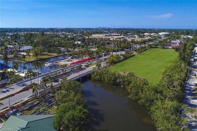 2924 Bayshore Dr, Naples, FL 34112 (#219064089) :: Southwest Florida R.E. Group Inc