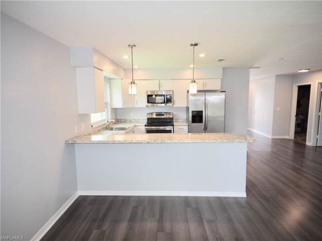 586 98th Ave N, Naples, FL 34108 (#219065010) :: Equity Realty