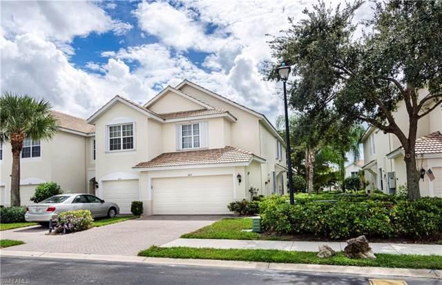 847 Hampton Cir #151, Naples, FL 34105 (#219066766) :: The Dellatorè Real Estate Group