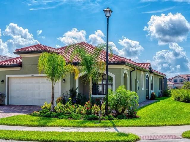 1563 Santiago Cir, Naples, FL 34113 (MLS #219067892) :: Sand Dollar Group