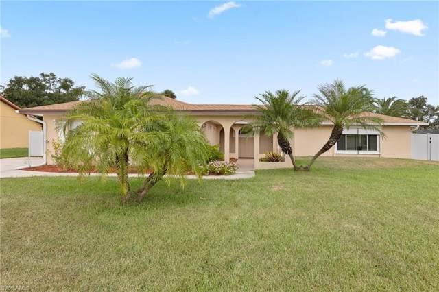 1733 Englewood Ave, Lehigh Acres, FL 33936 (MLS #219068327) :: Clausen Properties, Inc.