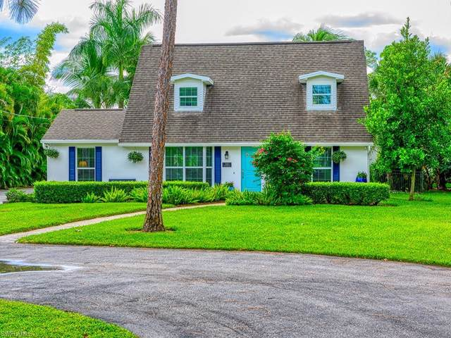 2550 Coach House Ln, Naples, FL 34105 (MLS #219068874) :: Clausen Properties, Inc.
