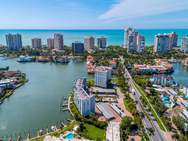 300 Park Shore Dr 5D, Naples, FL 34103 (#219068996) :: The Dellatorè Real Estate Group
