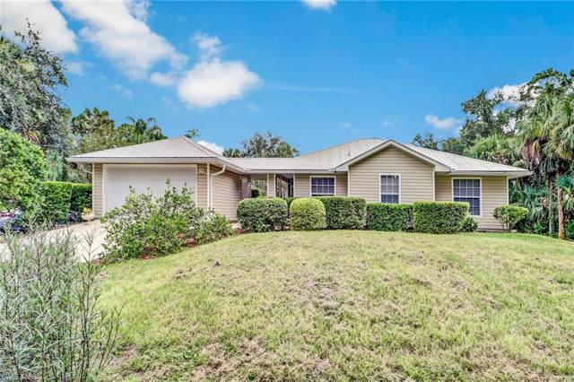 761 11th St NW, Naples, FL 34120 (MLS #219069381) :: Clausen Properties, Inc.