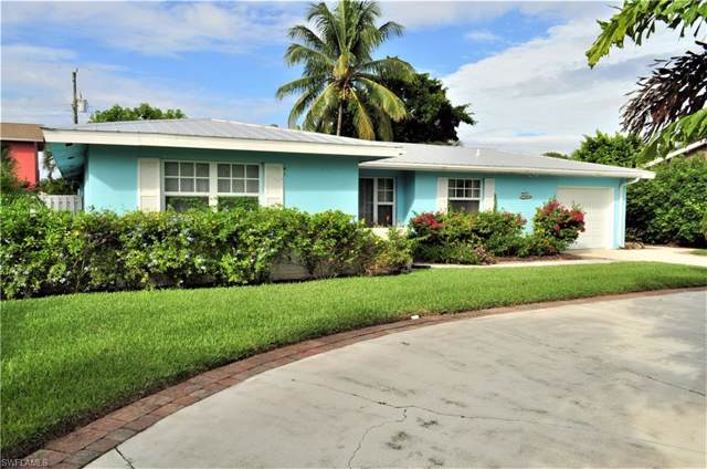 617 101st Ave N, Naples, FL 34108 (MLS #219069406) :: #1 Real Estate Services