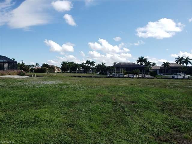 765 Pelican Ct, Marco Island, FL 34145 (MLS #219072623) :: Clausen Properties, Inc.